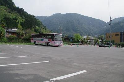 黒酢レストラン駐車場